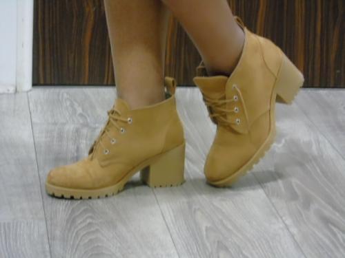 chaussure-h&m-entretien-de-cheveux-afro