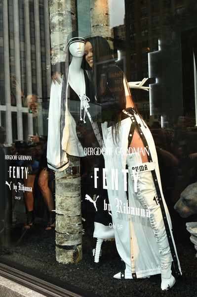 FENTY PUMA dévoile sa collection avec rihana