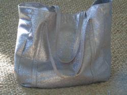 sac à main avec paillette doré