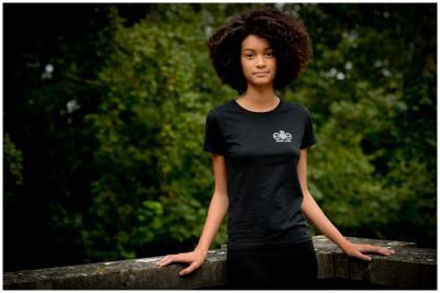 favoriser-la-pousse-cheveux-afro-entretien